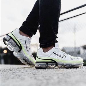 Nike Men's Vapor Max 360 Green/White 10 Sneakers